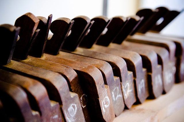 Row of hollows and rounds molding planes