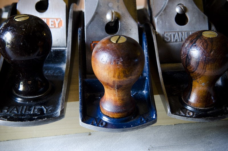 Stanley plane identification: three stanley bailey hand planers bed blue paint