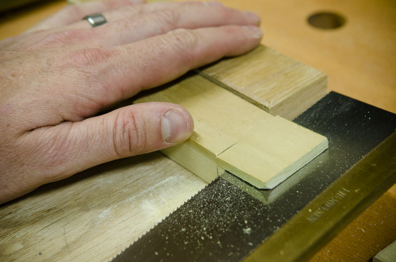 how-to-make-mortise-and-tenon-joint-woodworking_DSC7419