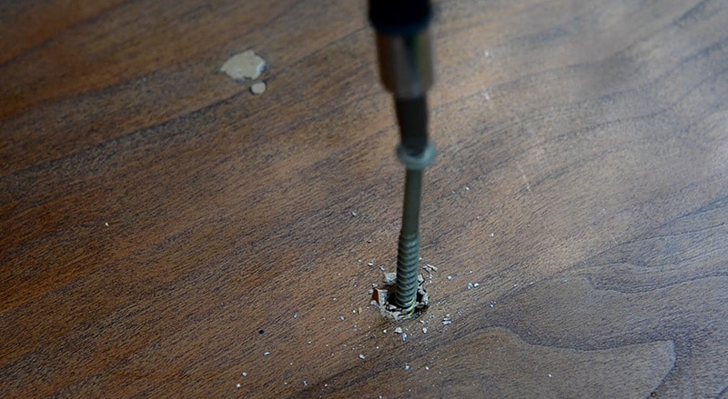 how-not-to-build-furniture-screws