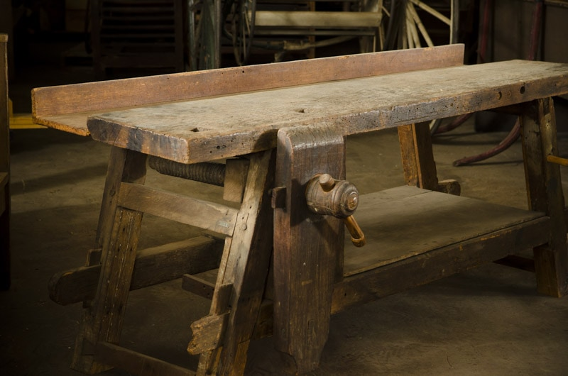 The Portable Moravian Workbench at The Woodwright's School | Wood and Shop