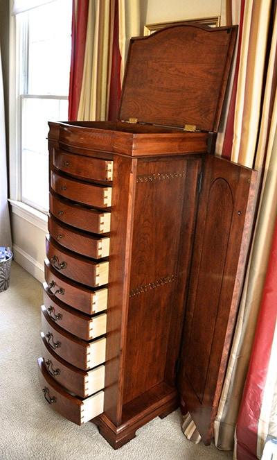 Chest of drawers built by james huggett