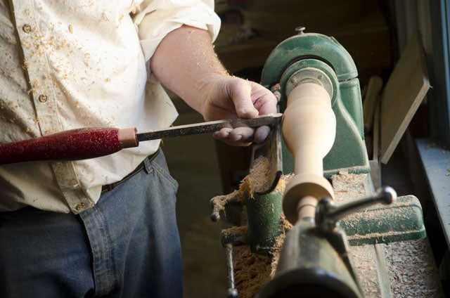 Will Myers turning a cherry spindle on a woodworking lathe with an easy carbide turning tool