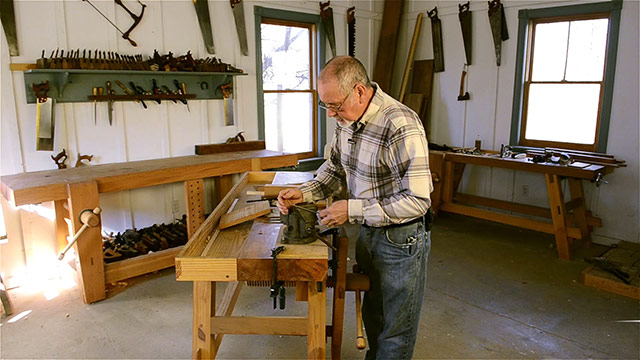 David Ray Pine making a scratch stock in the wood and shop traditional woodworking school