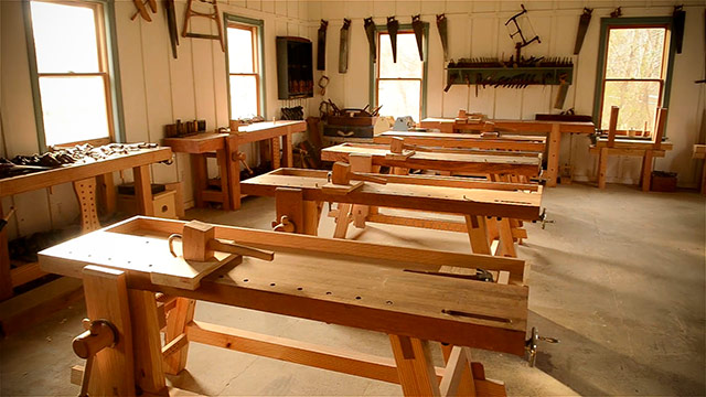 moravian workbenches in the wood and shop traditional woodworking school